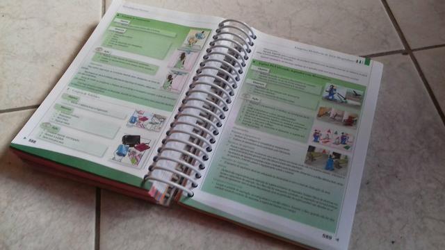 Livro hospital . ambiente hospitalar ** cd