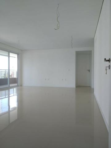 Vende-se Apartamento de Luxo Próximo ao Colégio Santa Cecília - Foto 16