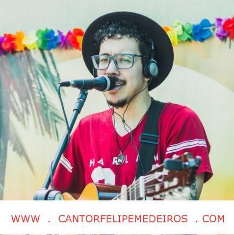 Cantor de música ao vivo voz e violão ou banda para casamento e festa!
