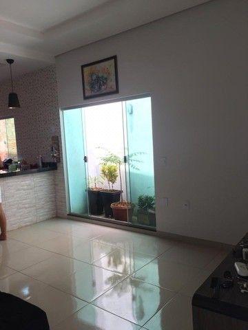 Vende-se casa no Bairro Cidade Jardim (Quitada) - Foto 2