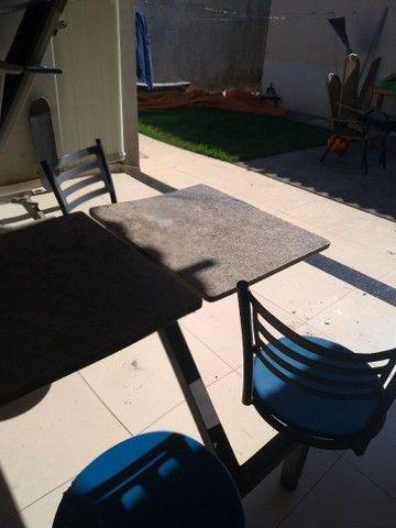 mesa. marmore. 4 cadeiras - Foto 2