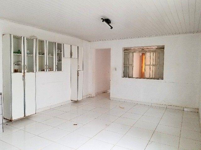 Alugo casa 03 quartos, Centro - Foto 6