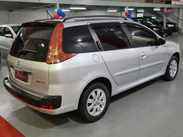 """Peugeot 207 SW XR Sport 1.4 8V FLEX 4P 2010 """"Periciado"""" - Foto 7"""