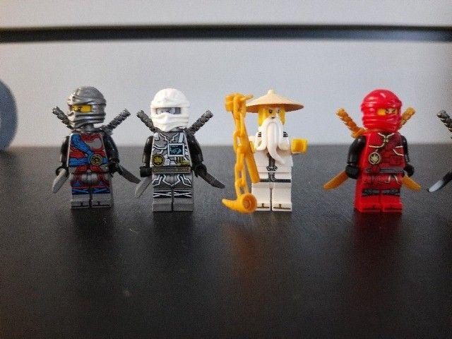 Blocos de Montar Ninjago com 8 Mini Personagens Compatíveis com Lego Novos