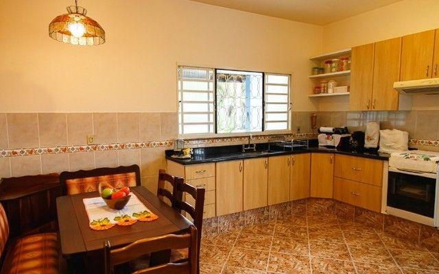 Vendo - casa com 2 dormitórios em bairro nobre de São Lourenço - MG - Foto 19