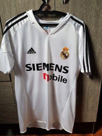 Camisa Retrô Real Madrid 2004-05 Home