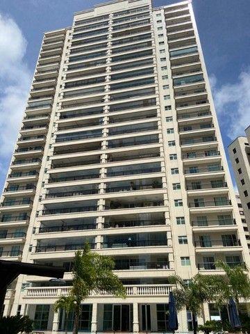 Maison Karine, 217m2, Porteira Fechada, 3 Suítes, Gabinete, DCE, Varanda Gourmet e 5 Vagas
