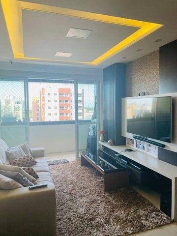 AB195 - Apartamento em andar alto/ 03 quartos/ nascente