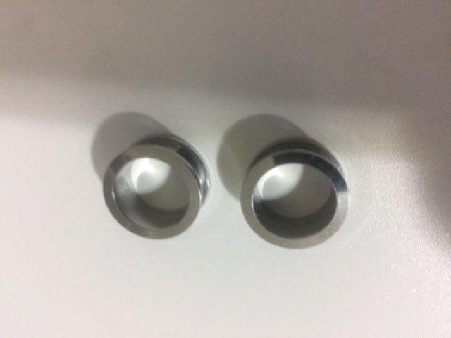 2 Par Alargador 18mm Aço Inox Cirúrgico 316l Prata e Preto  Novos - Foto 2