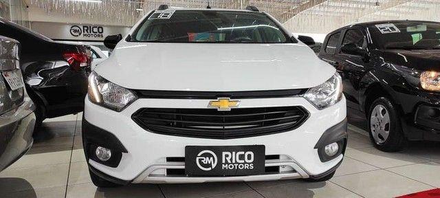 Chevrolet Onix Active 1.4 2018 60mil km  - Foto 2