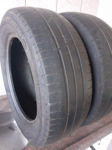Pneus 195/60 R 15 Michelin meia vida - Foto 4