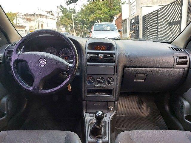 Chevrolet Astra Hatch Preto 2007 - Foto 5