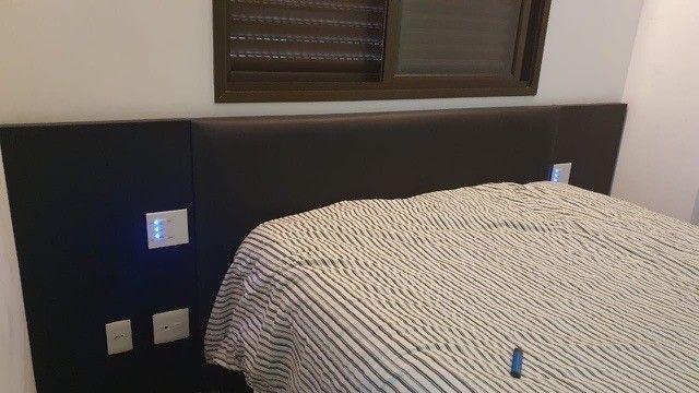 Cabeceira e base de cama, queen size, e móvel de cabeceira, da marca Líder  - Foto 6