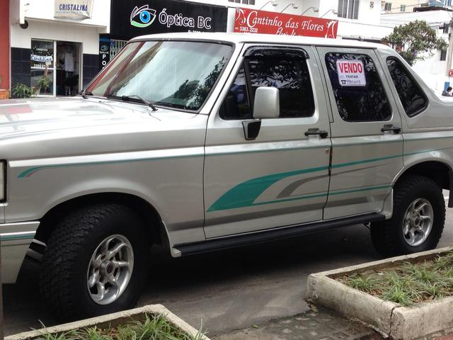 FORD F1000 CABINE DUPLA TROPICAL