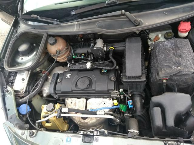 Peugeot 207 1.4 xr s 2011 top - Foto 12