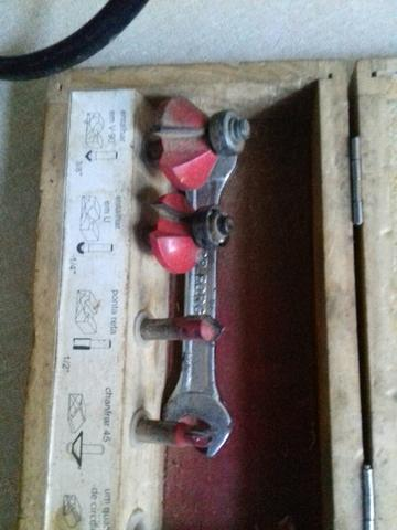 Ferramenta Elétrica traçador 250.tupia 300 Plaina 250