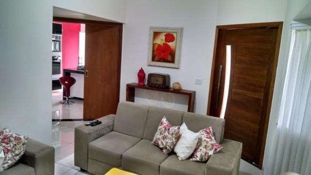Casa com 3 dormitórios à venda, 154 m² por R$ 395.000 - Jardim Everest - Presidente Pruden