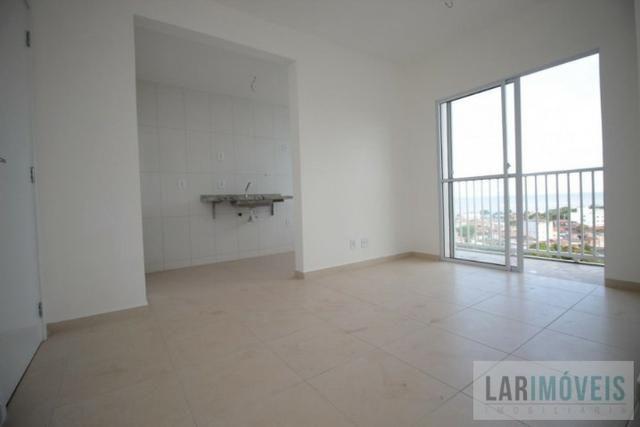Apartamentos de 2 quartos, ótima localização, próximo a Praia de Jacaraipe - Foto 4