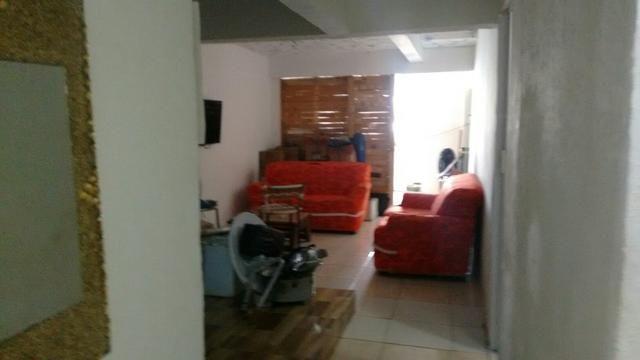 Aluga-se casa no bairro de Castelo Branco para moradia ou comércio - Foto 7