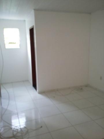 Alugo casa 2/4 rua da Amendoeira, Pituaçu - Foto 4