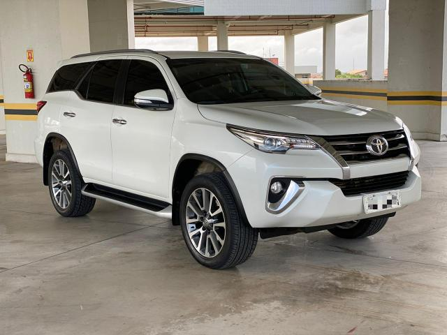 Hilux Sw4 16/16 - 7 lugares
