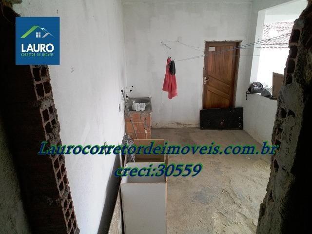 Área com 02 casas construídas, área do terreno com 220 m² no Bairro Funcionários - Foto 9