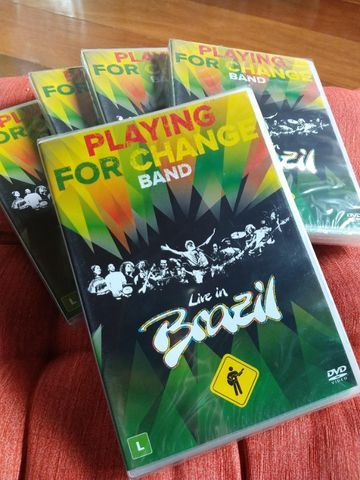 NOVO - DVD Playing For Change Band - Live In Brazil