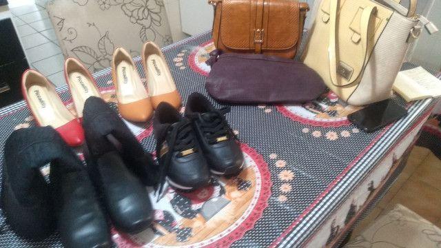 Bolsas e sapatos - Foto 2