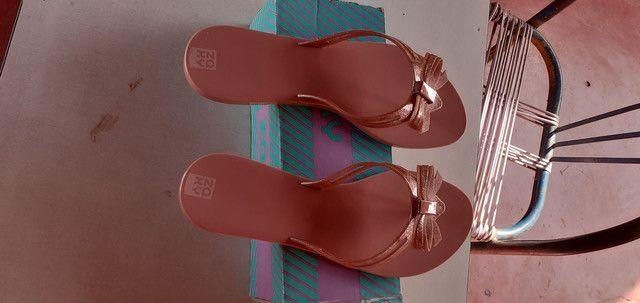 Sandálias  novas numero 38  - Foto 4
