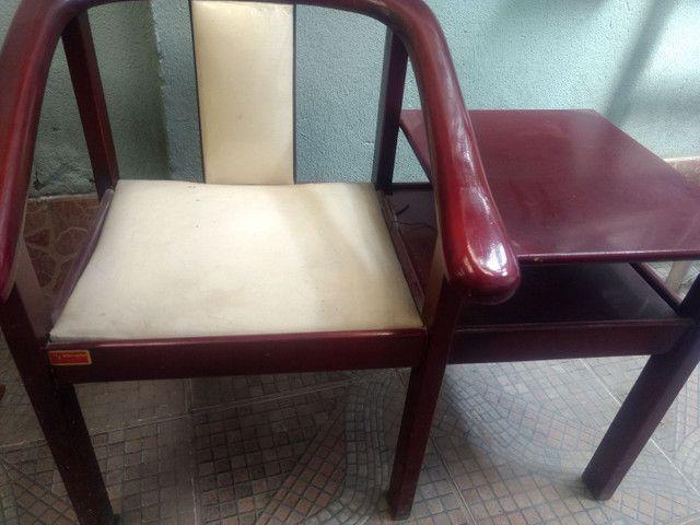 Cadeira com mesinha de telefone - Foto 2