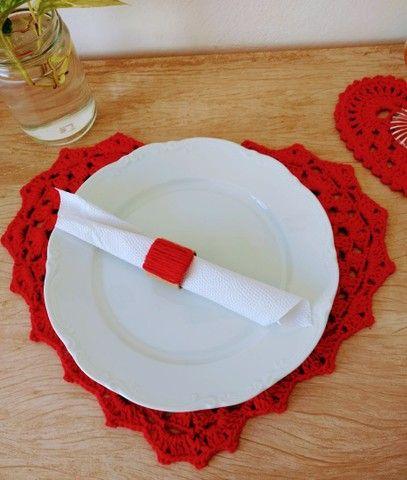 Mesa posta dia das mães/ Sousplat e descanso de copo coração em crochê - Foto 3