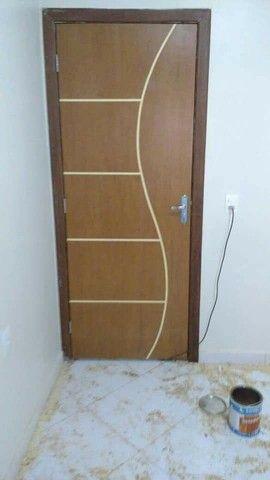 Estalação de portas de madeira bom e barato 90 reais cada porta