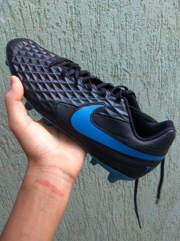Chuteira Nike tiempo legend 8 - Foto 4