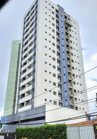 EK   Confira apto - Edf. Moisés Rodrigues - 02 quartos (2 Suíte) + Varanda