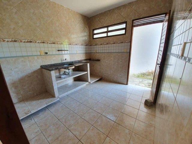 José Américo - Alugo casa com 2/4, toda gradeada. - Foto 3
