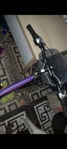 Bicicleta (Semi Nova) Preço a Combinar - Foto 2
