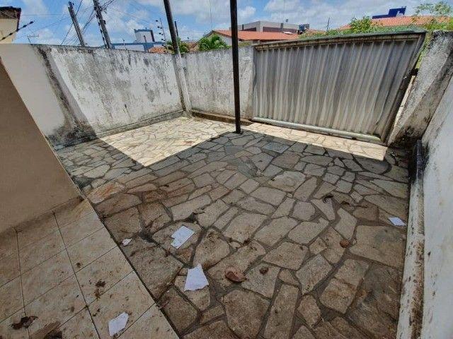 José Américo - Alugo casa com 2/4, toda gradeada. - Foto 9