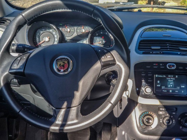 Fiat Punto Essence 1.6 Dualogic - Foto 9