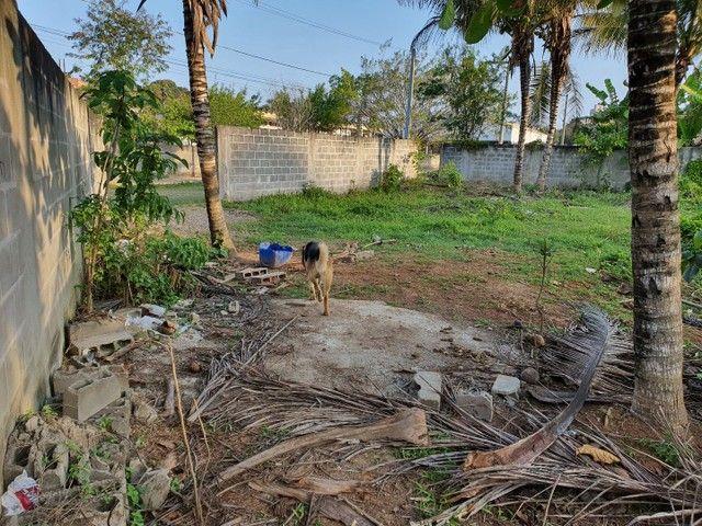 Lote de esquina murado escriturado 450m² em Perocão  - Foto 10