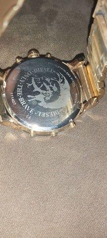 Relógio diesel dz7333 dourado 4 maquinas - Foto 3