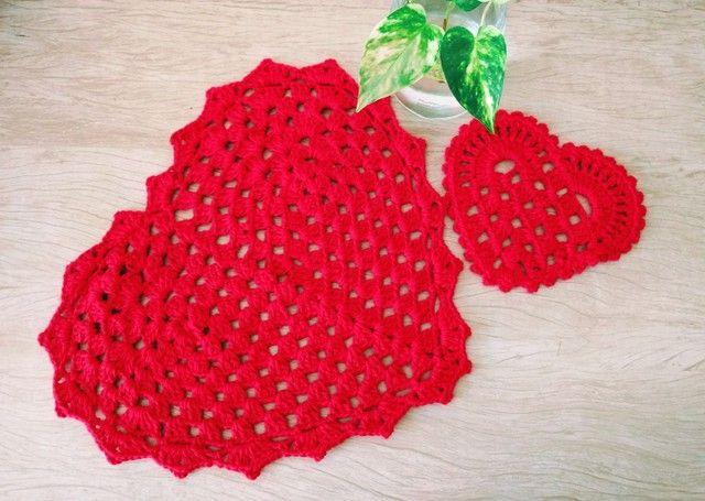 Mesa posta dia das mães/ Sousplat e descanso de copo coração em crochê - Foto 4
