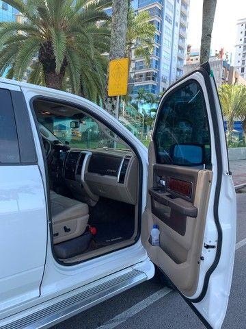 Dodge Ram interior Caramelo bege linda  - Foto 5