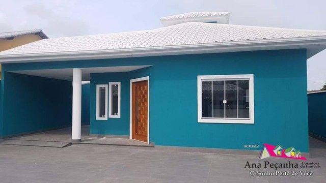 Casa Espetacular a Venda, 3 Quartos, Piscina e Churrasqueira em Itaipuaçu! - Foto 2
