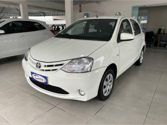 Toyota Etios HB X  - Foto 4