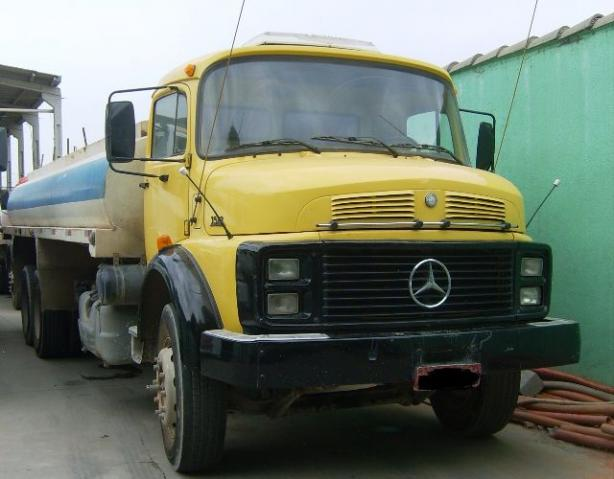 MB 1516 84 TRUCK NO CHASSIS OU COM PIPA