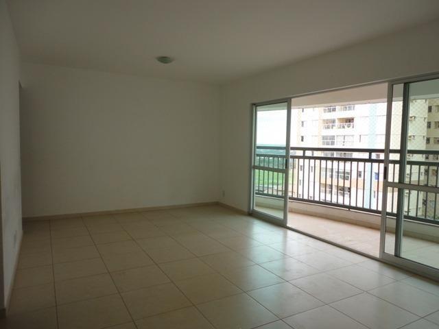 Apto 4 quartos e 3 garagens quadra 201 de Águas Claras
