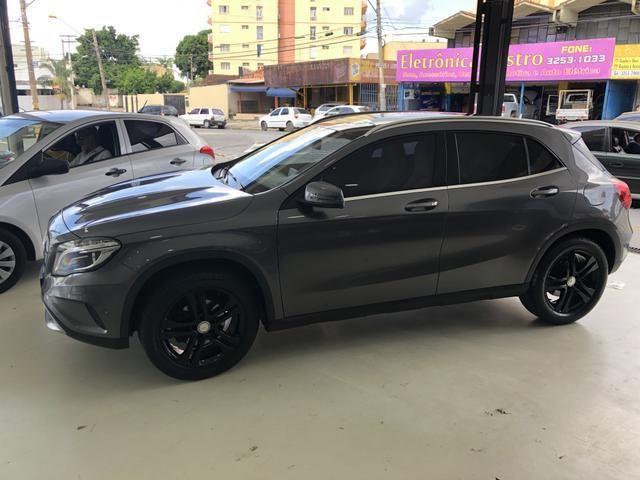 Aluga-se Mercedes para casamento