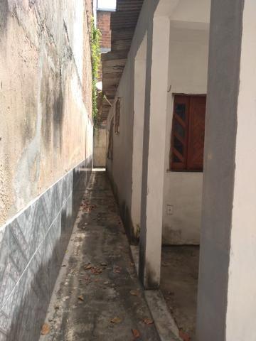 Vendo uma casa com 2/4 sendo uma suíte no parque São Cristóvão - Foto 2
