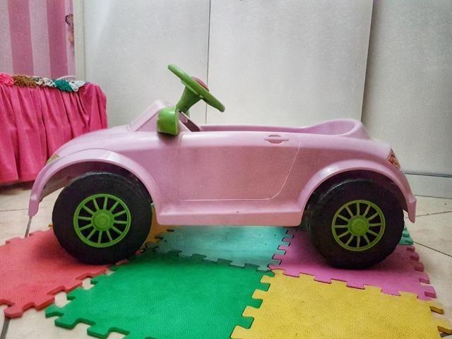 Carrinho a pedal infantil Audi TT rosa - Momeplay (usado em muito bom estado) - Foto 4