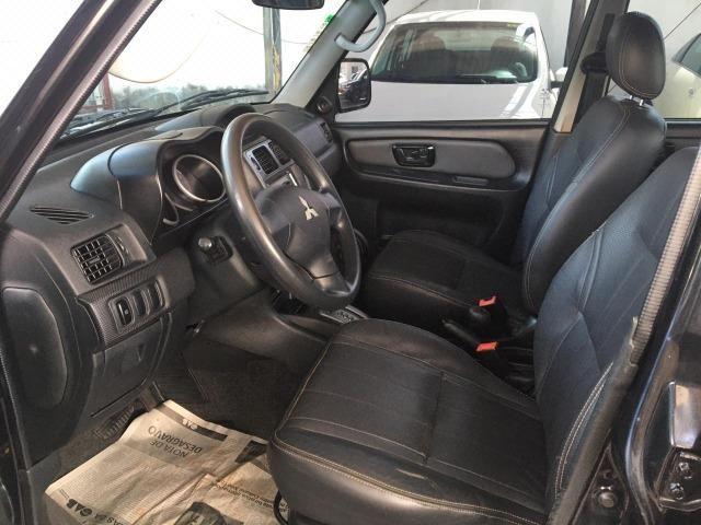 Mitsubishi Pajero Tr4 4x4 At 2013 na SA Veículos! - Foto 2